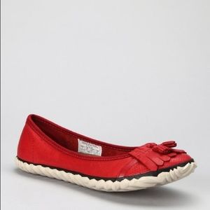 Sorel red leather skimmers Tee Off Tassel flats
